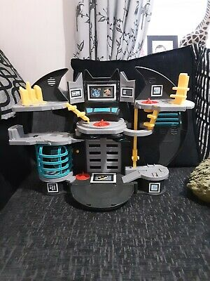 Batman Imaginext Bat Cave Playset  • 11£