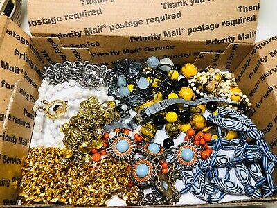 $ CDN47.51 • Buy Huge Vintage To Now Over 3lbs Unsearched Untested Junk Drawer Estate Jewelry Lot