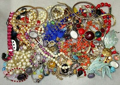 $ CDN27.15 • Buy Jewelry Lot LBS Vintage - Now Junk Drawer Harvest Craft Unsearched Untested T6