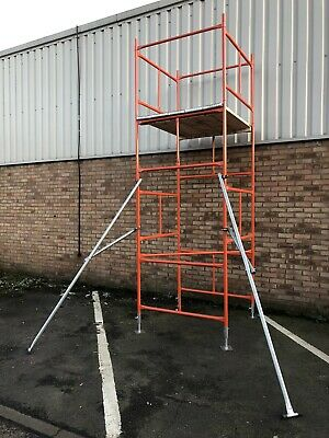 2 X Scaffold Tower Outriggers / Stabilisers • 70£