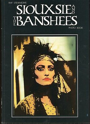 Siouxsie And The Banshees RAY STEVENSON'S PHOTO BOOK 1983 UK Softcover EXCELLENT • 57.69£