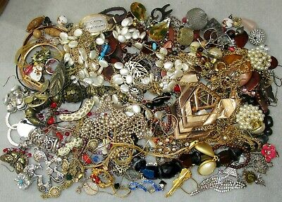 $ CDN27.15 • Buy Jewelry Lot LBS Vintage - Now Junk Drawer Harvest Craft Unsearched Untested A2