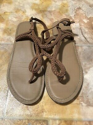 Brown Gladiator Sandals Size 7 • 4£