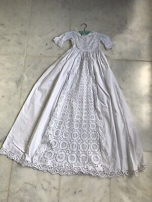 Vintage Baby Christening Gown • 35£