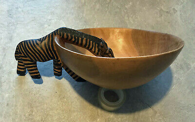 African Hand Carved Large Wooden Bowl With A Zebra Drinking Handle • 4.99£