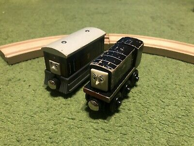 Toby + Diesel Wooden Trains (Thomas And Friends) • 9.99£