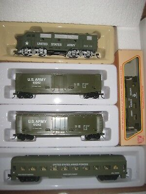 $129 • Buy Ho Military Train Set F-3 Locomotive W/ 2 Tank Busters And Troop Carrier Rrm-312