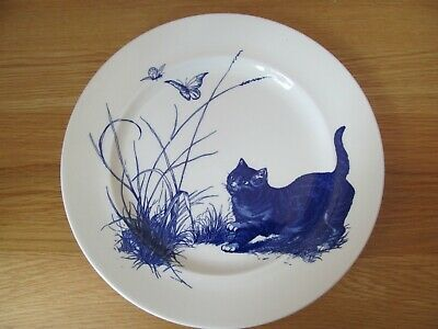 National Trust Blue And White Plate Decorated With Cats And Butterflies • 12.50£