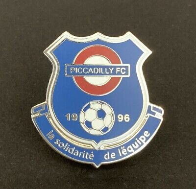 Piccadilly FC Non-League Football Pin Badge • 2.50£
