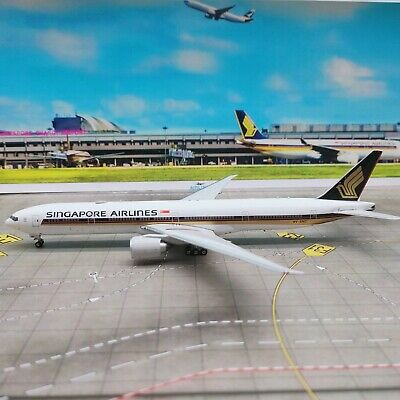 AU76.25 • Buy Phoenix Models 1:400 Singapore Airlines B777-300ER 9V-SNC