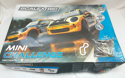 Scalextric Mini Challenge Set C1355 - 1:32 Scale • 40£