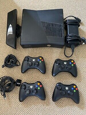 AU75 • Buy XBOX 360 BUNDLE (4x Controllers AND Xbox 360 Kinect, Black)