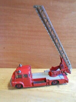 Dinky Supertoys Turntable Fire Engine No 956 • 14.99£
