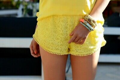 Zara Summer Yellow Crochet Lace Shorts Hotpants Zipper Boho Festival Size S • 24.95£
