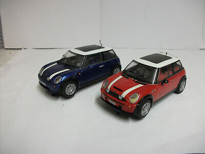 VGC SCALEXTRIC HORNBY MINI COOPER CARS X2 RED/BLUE TESTED & Lights ITALIAN JOB • 25.99£