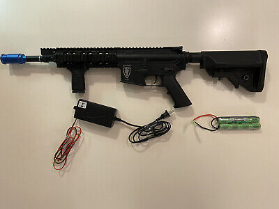 $200 • Buy Elite Force M4 CQB W/ Fore Grip And Amplifier (Includes Battery And Charger)