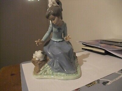 Wonderful Nao Figurine Of A Girl With Puppy  • 14.99£