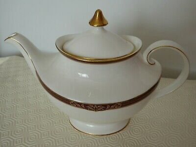 Royal Doulton Tennyson Fine China Teapot, Unused And In Good Condition • 65£