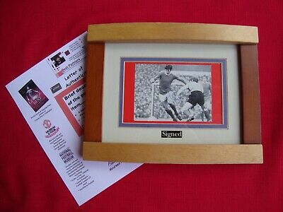 GEORGE BEST Manchester United Gift Personally Signed  On The Run   Picture Frame • 0.99£