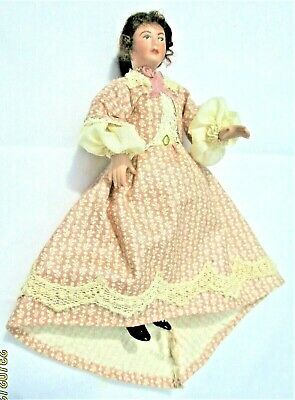 $ CDN118.93 • Buy Miniature Artisan Sweet Dollhouse Porcelain Lady In Excellent Condition