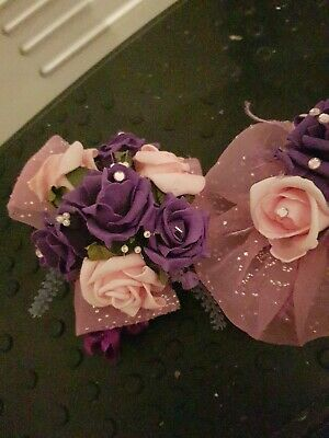Fascinator - Pink Flower With Feathers To Match Mounted On A Clip And Pin.  • 10£