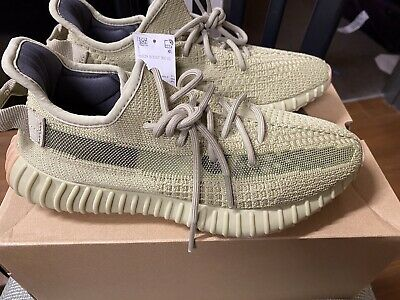 $ CDN372.32 • Buy Adidas Yeezy Boost 350 V2 Sulfur FY5346  - Size 9 - In Hand - 100% Authentic