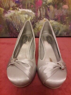 KRASCEVA Ladies Silver Court Shoes 2  Heel Size 6(39) Mother Of The Bride ?? • 9£