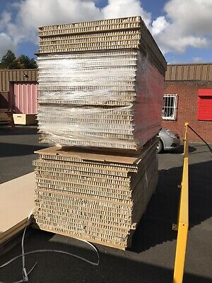 £45 • Buy Used - MDF Lightweight Hollow Core Panels 50mm Thick - 2400 X 1200mm