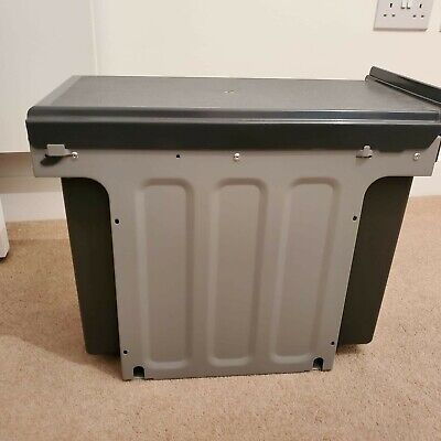 Wesco Built-In Waste Bin With 3 Compartments • 69£