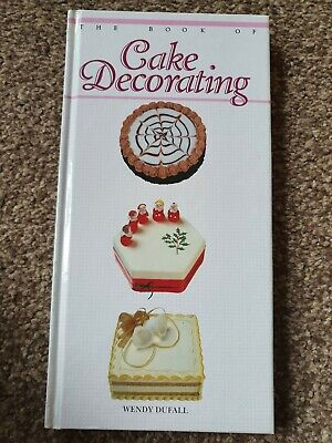Cake Decorating Cook Book • 3£