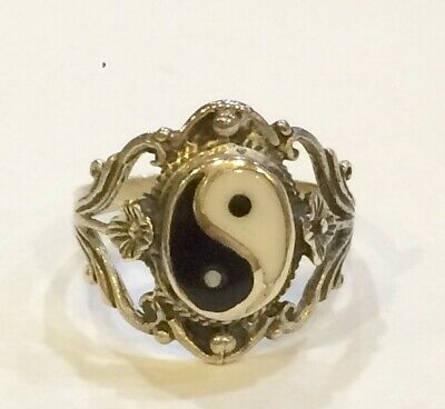 Solid Sterling Silver Decorative Flower Yin And Yang Ring Size N • 17.50£