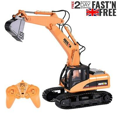 HuiNa Toys 1/14 15CH Remote Control Digger RC Excavator Toy Construction Vehicle • 47.98£