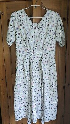 Yumi Floral And Butterfly Tea Dress Size 14 • 2£