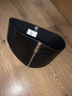 River Island Thick Belt With Zip Front • 1.20£