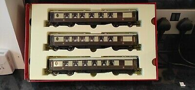 Hornby Trains 00 Gauge Rake Of 3 Pullman Coaches With Table Lights (read Desc) • 60£