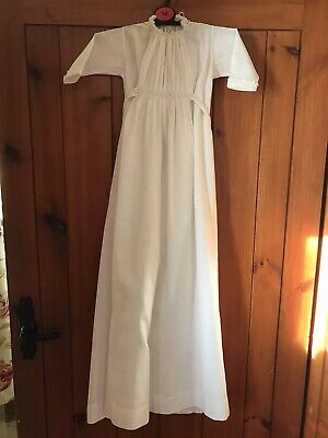 Vintage Baby Christening Gown • 12£