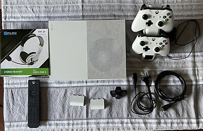 AU500 • Buy Xbox One S 1tb With 2 Controller And 19 Games