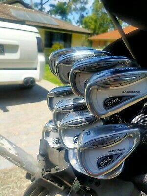AU650 • Buy Pro Simmons Golf Clubs Excellent Condition Ready For Christmas