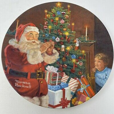 $ CDN12.12 • Buy Norman Rockwell Santa's Secret Christmas Vintage 1982 Decorative Plate