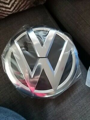 VW TOUAREG  FRONT GRILL GRILLE BADGE 2016 Model • 30£