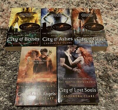 The Mortal Instruments Books 1-5 • 12£