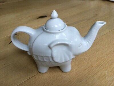BIA Elephant Teapot In White - 1 Litre • 9£