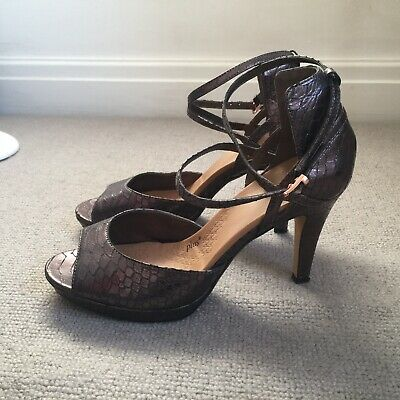 Clarks Leather Occasion Shoes Heeled Peep Toe Size 7 Wide Fit Snakeskin • 10£