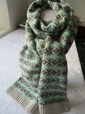 Long Wool Blend Gap Scarf With Fair Isl Design In Greens & Oatmeal & Ribbed Trim • 3£