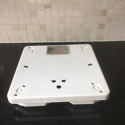 Įmes White Bathroom Weighing Scales • 4.50£