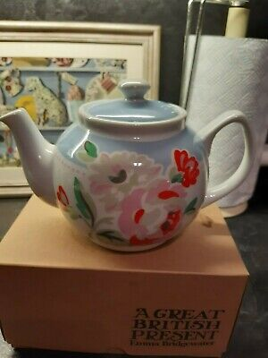 Cath Kidston 4 CupTeapot In Floral Pattern In Excellent Condition • 6.99£