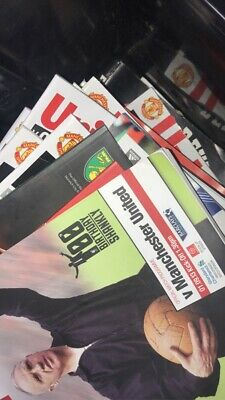 1000 Manchester United Programmes • 10.50£