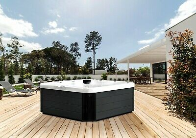 Brand New Aquila 6 Person Luxury Hot Tub Spa-bluetooth-in Stock-rrp £5999 • 2,550£