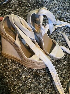 Lace Up Wedges Size 8  • 4.50£