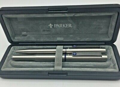 Parker Fountain Pen & Matching Propelling Pencil  In Presentation Box (AE137J) • 9.50£